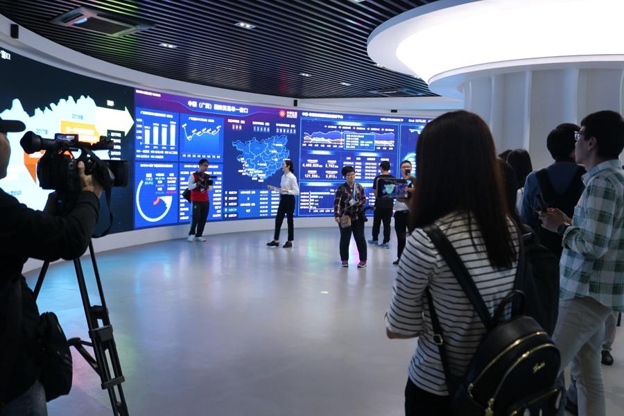 """广西:中国-东盟""""数字丝绸之路""""上的支点(组图)"""