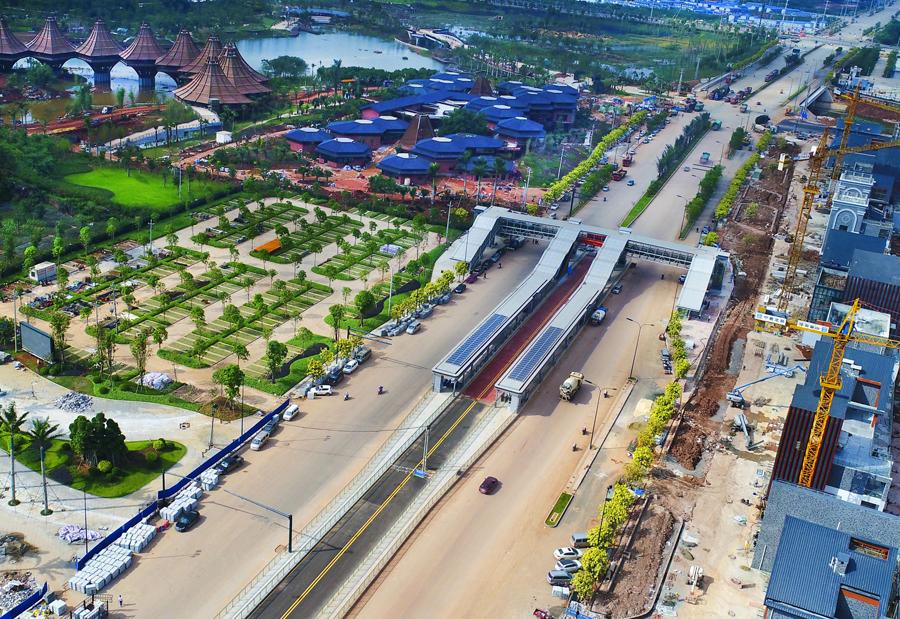 10月26日焦点:南宁BRT2号线试运行 全长约17.4km