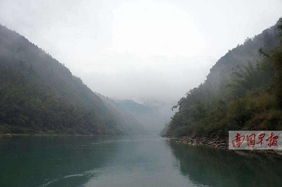 11月2日焦点图:广西一4A级景区被摘牌
