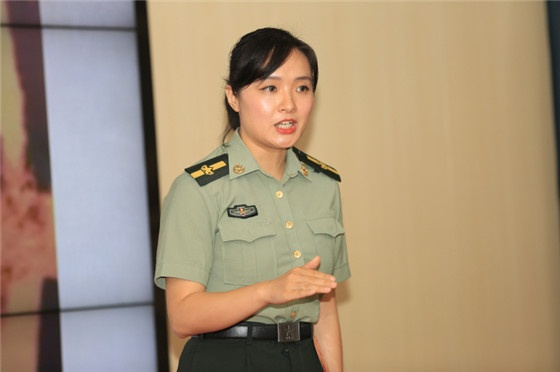 专业讲解员组二等奖选手李文麒