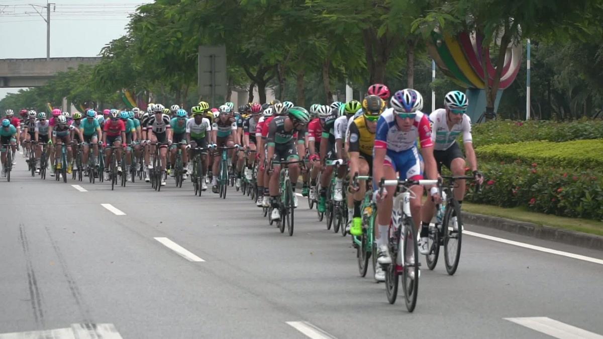 2018格力-环广西公路自行车世界巡回赛第一赛段 4分钟集锦
