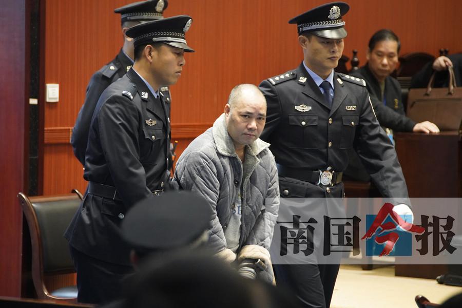 11月8日焦点图:柳州杀人狂徒黄日朝一审被判死刑