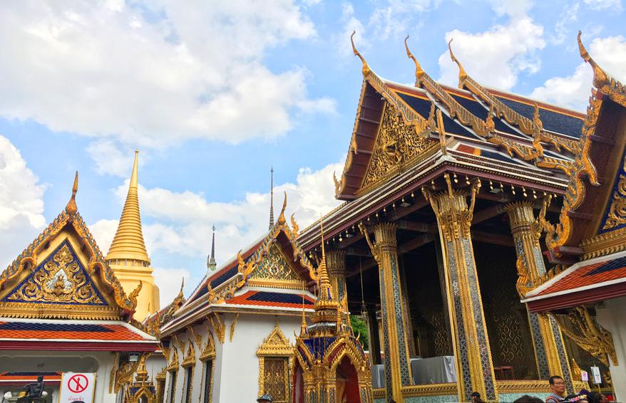 汽车拉力赛车队满载友谊驶入泰国(组图)