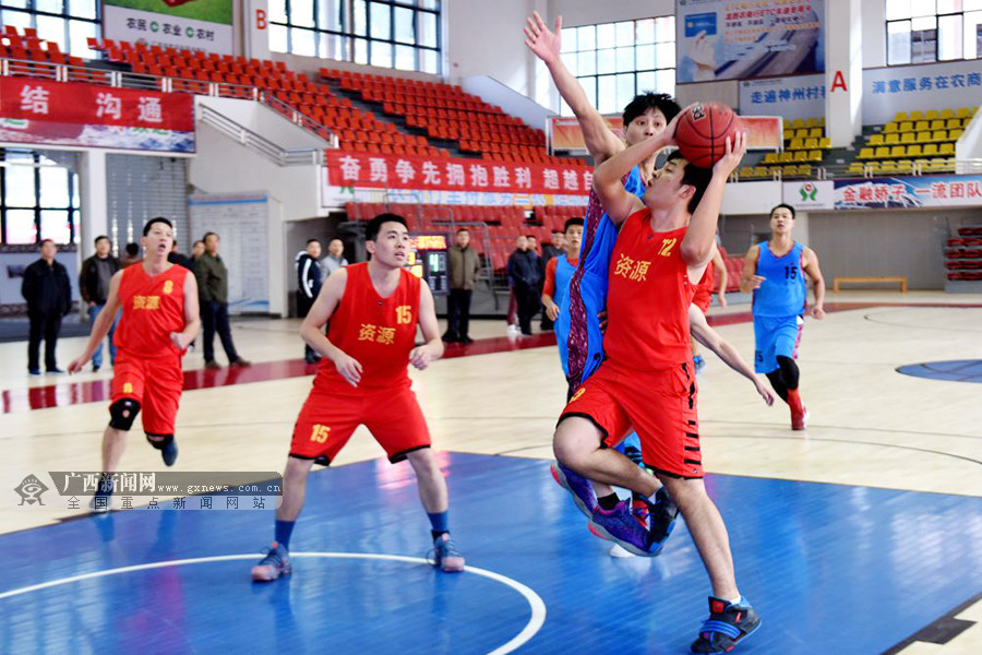 设6个组别展开角逐 桂林市第九届大众篮球赛落幕
