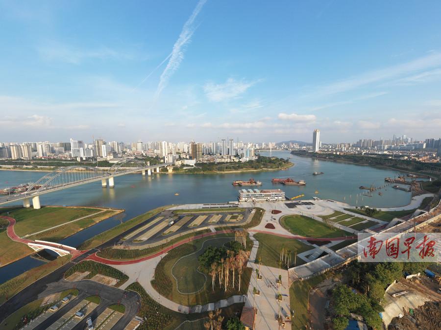 12月5日焦点图:南宁市亭子码头沿岸滩涂工程完工