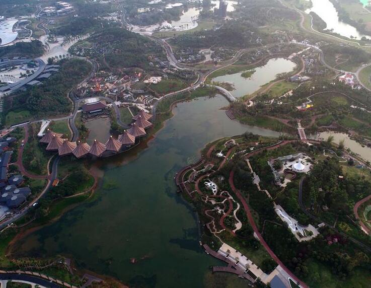 """高清:飞""""阅""""自治区成立60周年大庆重大公益性项目"""