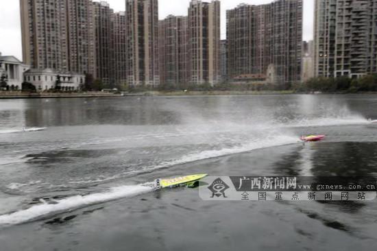 全运冠军助力 2018广西航海模型锦标赛在桂林举行