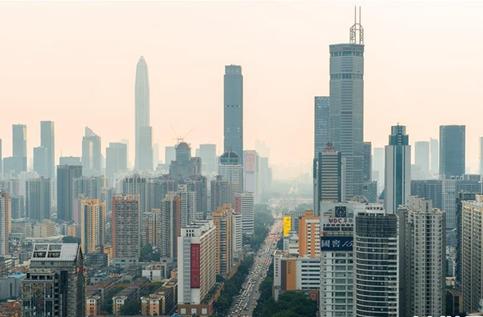 中流击楫 破浪前行――从改革开放40年看中国砥柱