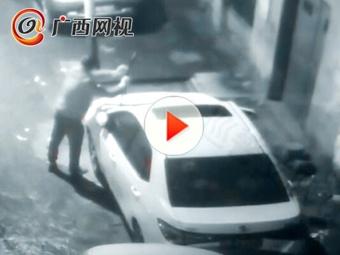 柳州一男子开十几万元小车 雨刮坏了竟选择偷