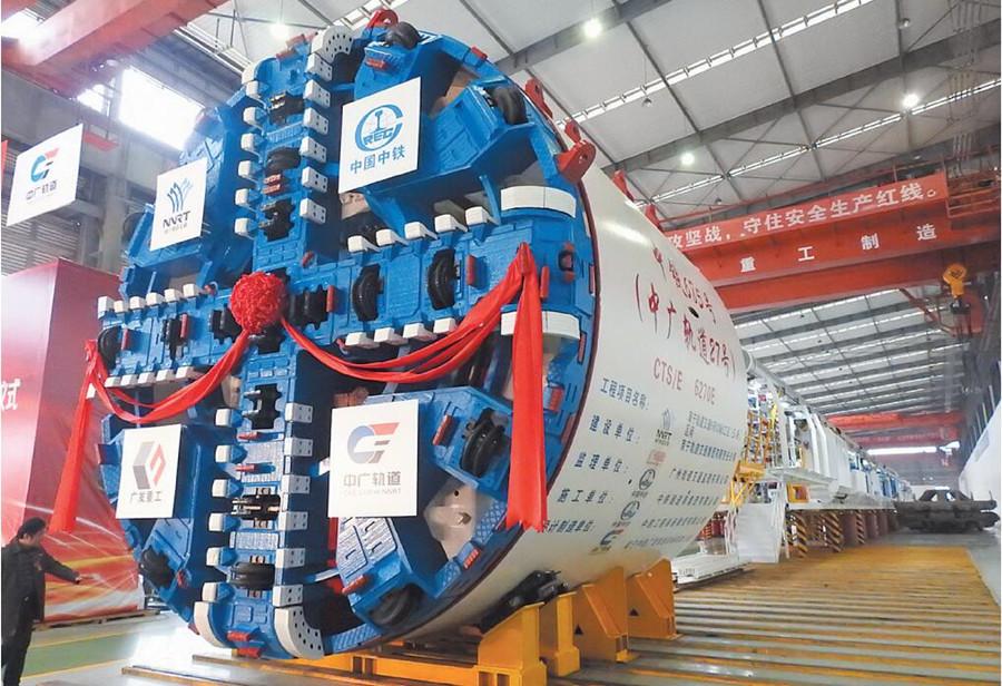 南寧造盾構機助5號線下穿邕江 在建地鐵進展如何?