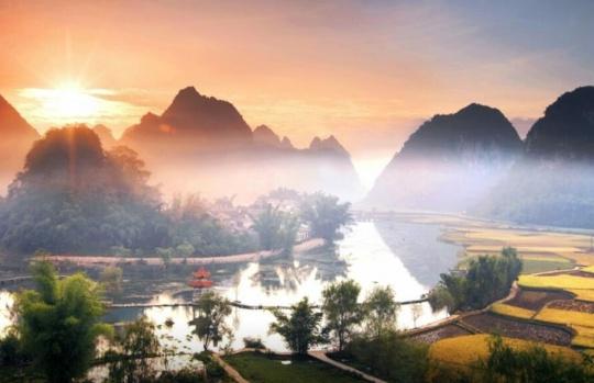 广西重大环境保护项目建设:天更蓝 水更清 土更净