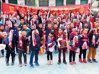 发猪肉奖励学生 柳州这所小学又走红啦