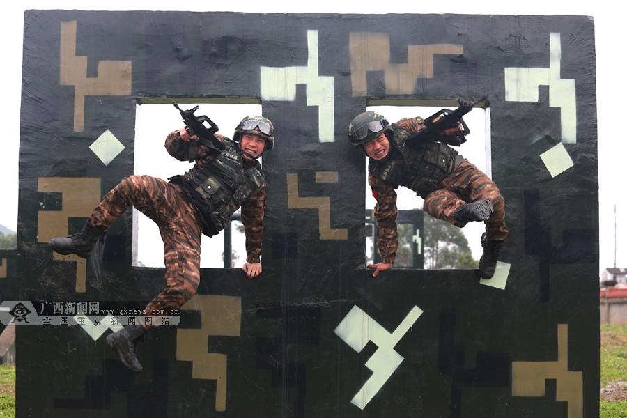 高清:一年之计在于春 武警特战队员练兵正当时