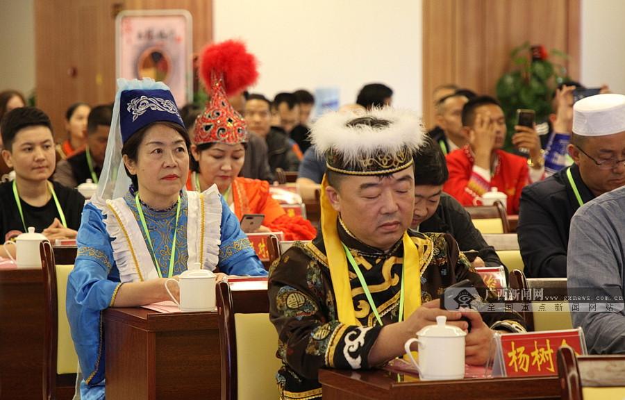2019年中��民族餐��l展大��在大化召�_
