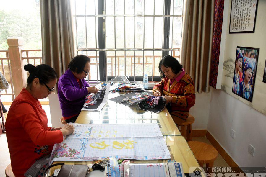 江南区建区四十周年:新变化展现新成就