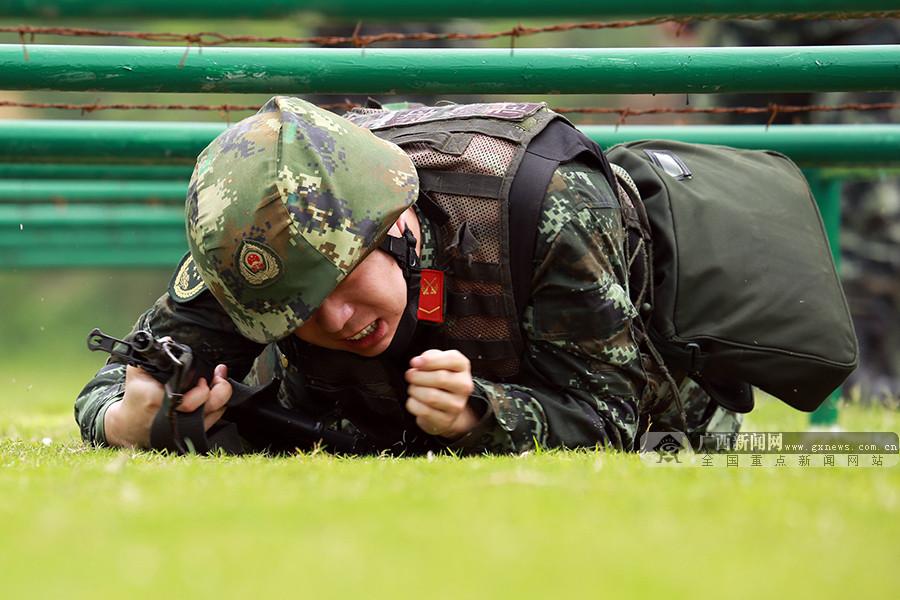 高清:武警广西总队河池支队举行首届军人运动会
