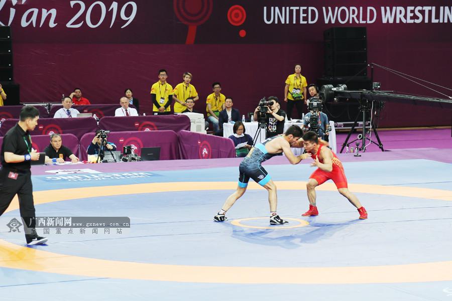 亚锦赛摘银 广西男子摔跤小级别20年来的重大突破