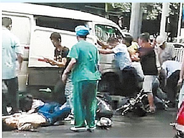 焦点图:南宁桃源路致5死18受伤车祸调查报告公布