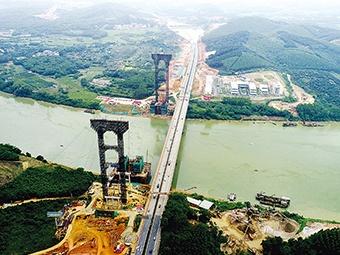 六律邕江特大橋計劃明年建成通車 形成雙向八車道