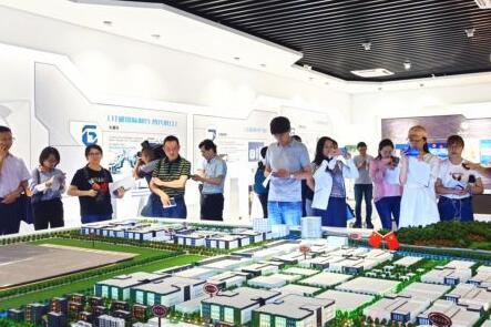 三安光电:从芯开启 助力数字中国建设