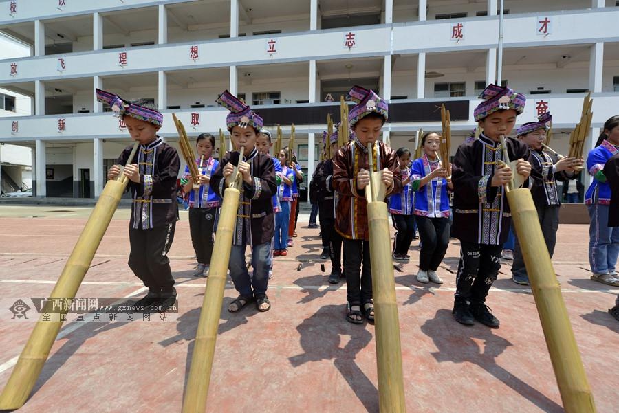 三江:民族文化进校园 非遗文化代代传