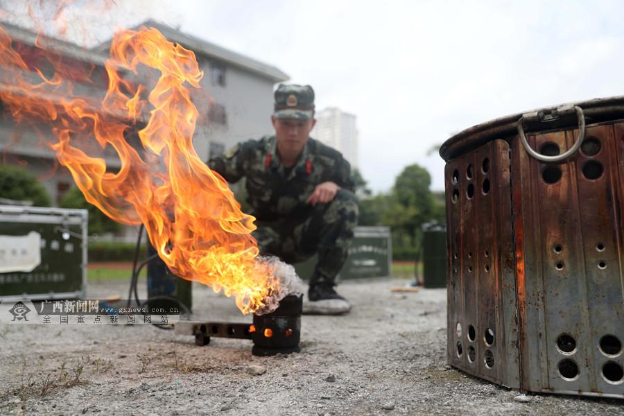 高清:锤炼后勤精兵 200多名后勤官兵大比武秀绝活