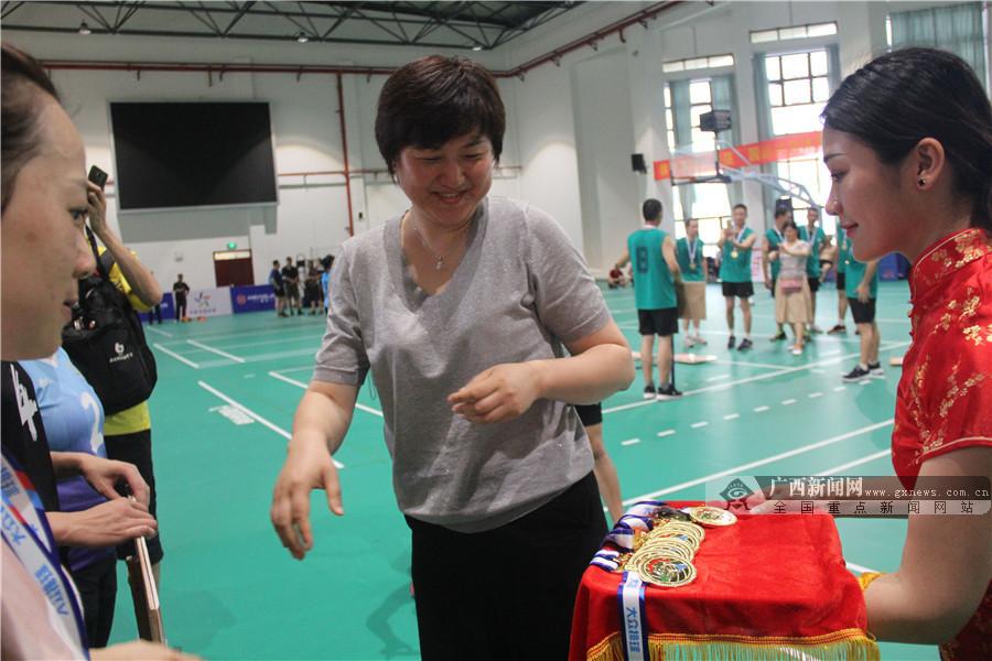 """2019""""超级杯""""全国气排球联赛分区赛广西北海落幕"""