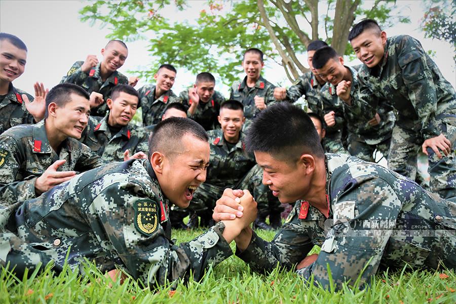 """广西北海:""""快乐练兵""""提高训练质效"""