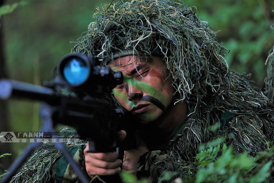 来宾:武警特战队员实战化训练 锻造反恐精英
