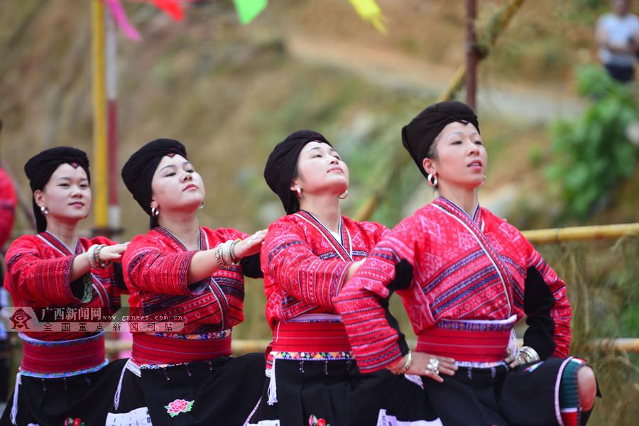 """广西龙胜:""""古耕节""""展现农耕美(组图)"""