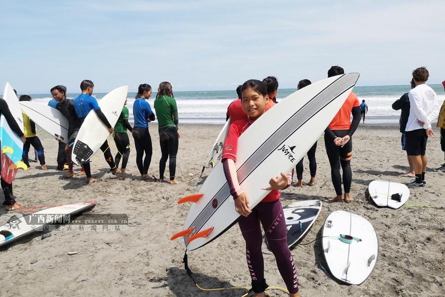 3名广西健儿随国奥冲浪队结束日本牧之原集训之旅