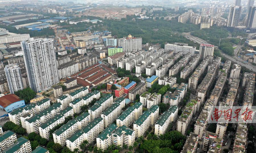 7月11日焦点图:南宁地铁5号线下穿36栋老旧建筑