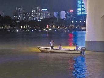 7月26日焦点图:南宁4名女生邕江玩水 2人遇难