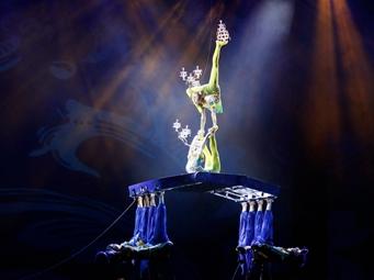高清:第十届全国杂技展演在南宁圆满落幕