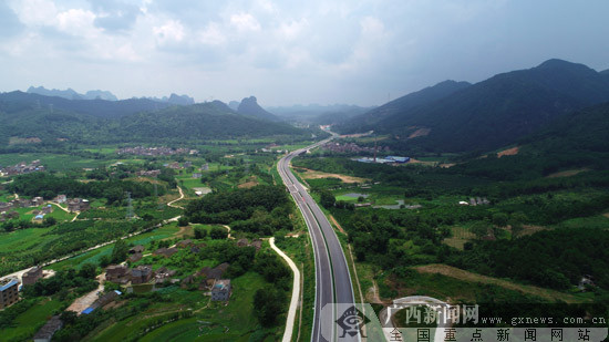 贺巴高速钟昭段建设绿色公路纪略