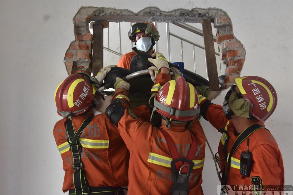 防城港消防开展地震救援实战拉动演练