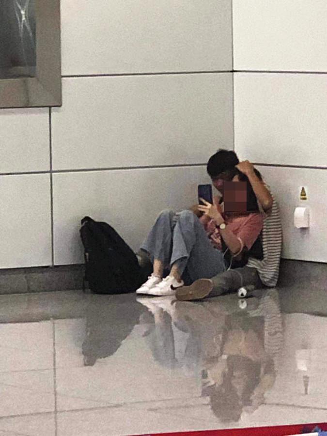 8月10日焦点图:南宁新民路地铁站发生劫持事件!劫持男子被击毙