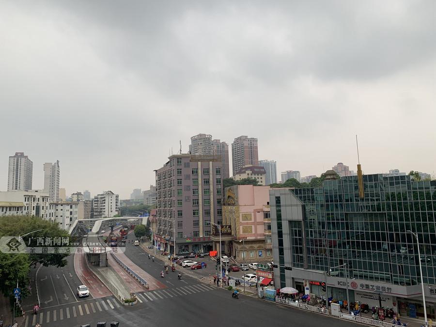 """受台风""""白鹿""""影响 26日南宁出现中雨及局部暴雨"""
