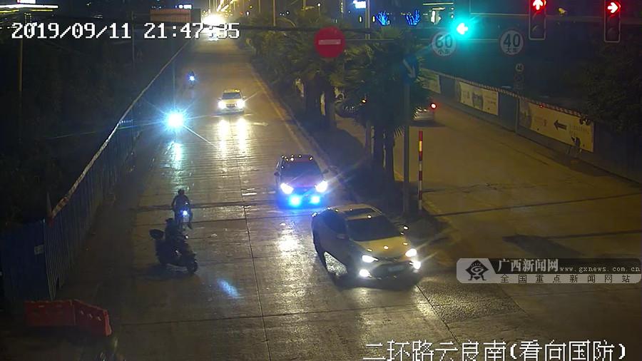 骑行者与电动车碰撞后逃逸 交警呼吁尽早投案自首