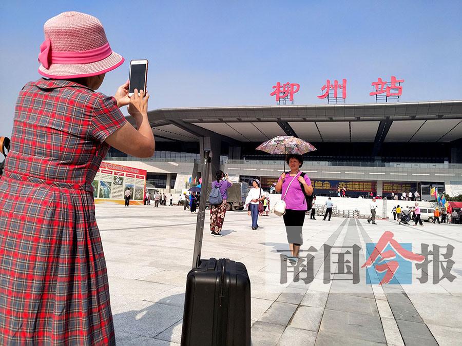柳州火车站东站房正式启用 东西两侧可同时进站