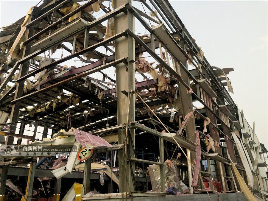 """直击玉林陆川""""10·15""""厂区爆炸 厂房受损严重"""