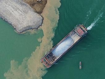 天堑变通途 大藤峡水利枢纽工程正式截流断航