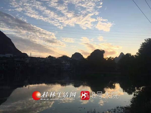 一道夕阳洒下,桂林美成了油画 让人仿佛置身城堡