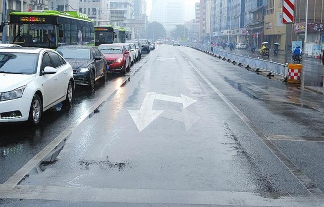 注意£¡南宁市民族园湖路口通行规则有新变