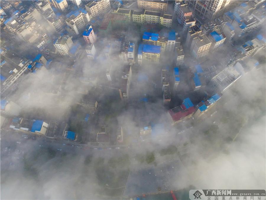 桂林全州:冬日云雾美(组图)