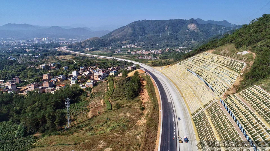 黃竹口隧道雙洞貫通!成為廣西高速已貫通最長隧道