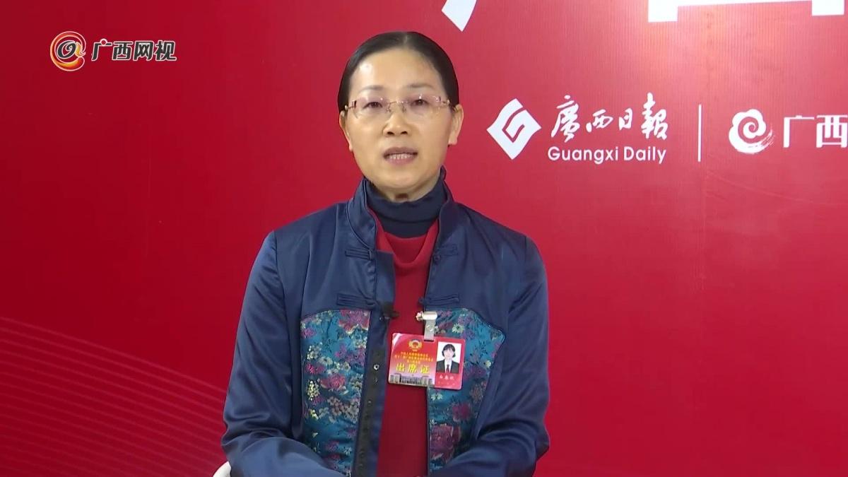白春秋委员:建议政策支持大藤峡库区工业发展