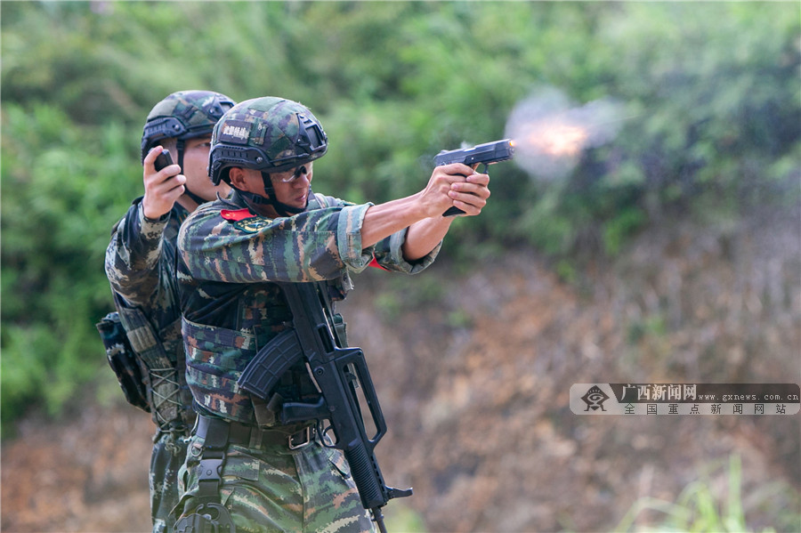 广西武警:对抗检验锤炼实战能力