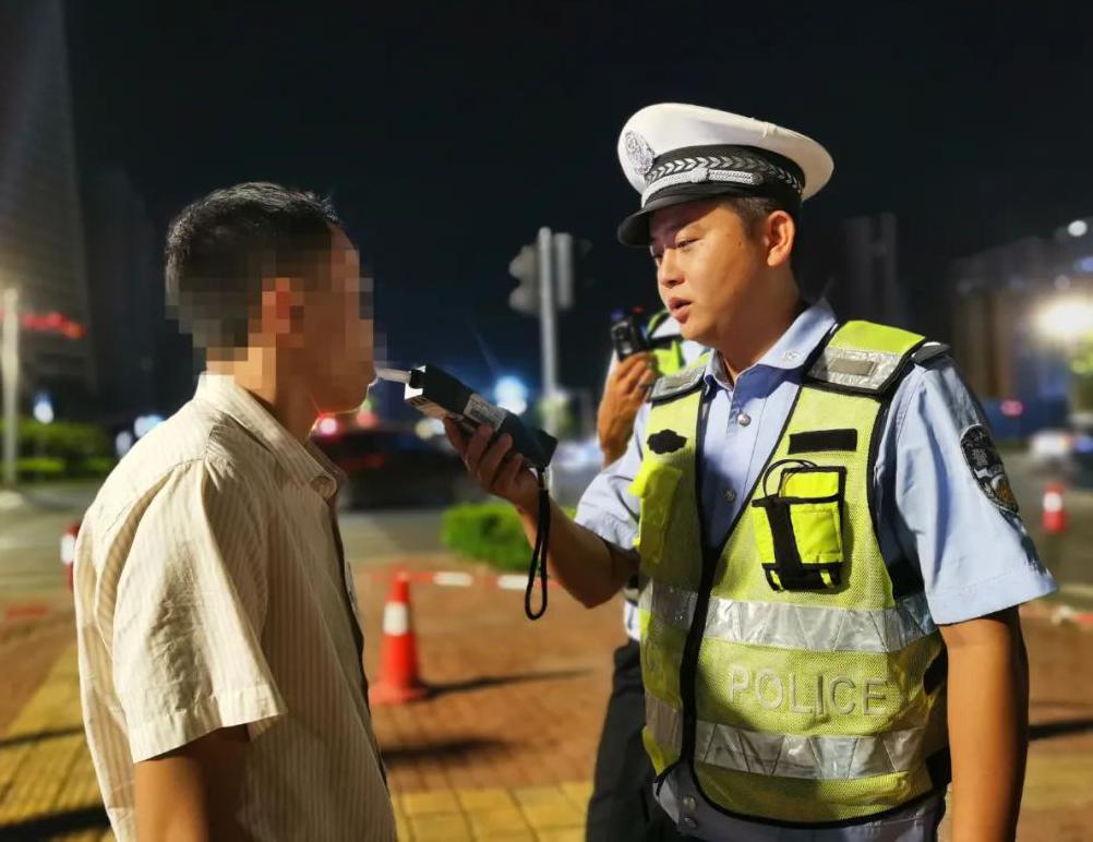 <b>曝光台|ag电子游戏哪个最会爆各地交警公布一批酒驾醉驾司机名单</b>