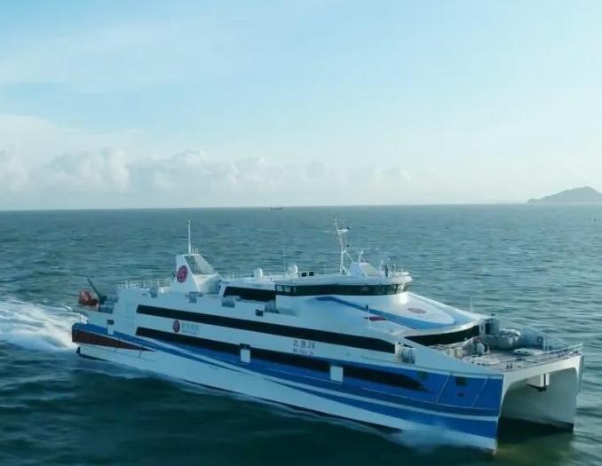 <b>今后去涠洲岛将可乘造价1.6亿元的豪华游船</b>